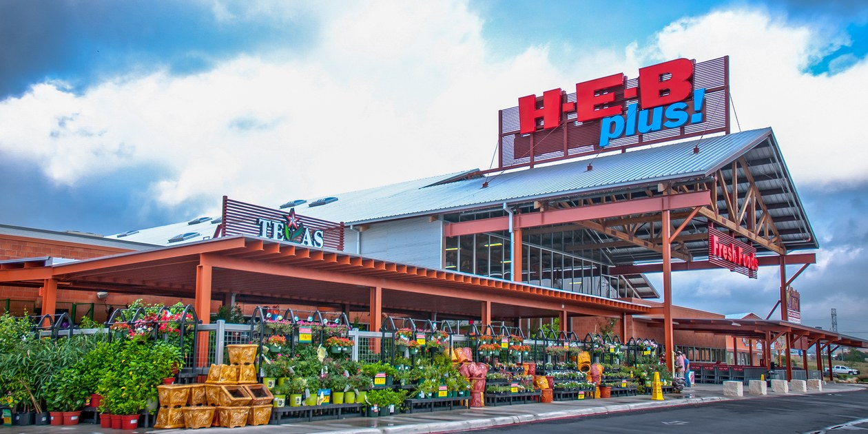 HEB—Store-Front